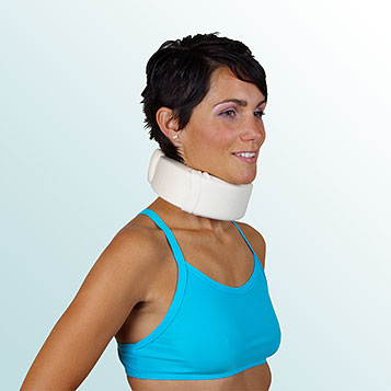 - Fixation Collar with Chin Support