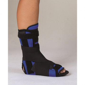 - Ankle Joint Orthesis curative with splints – III and insole